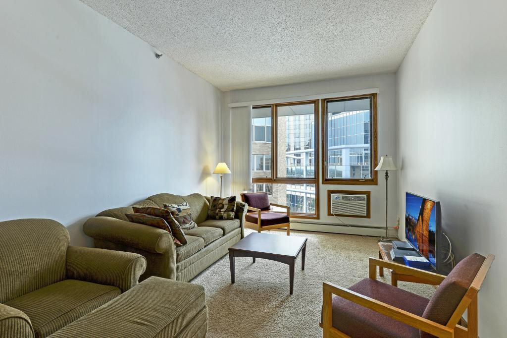 %name What Will $1,300 Rent You In Minneapolis Right Now?