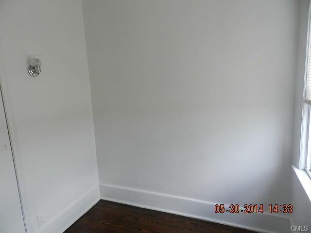 24228725312 Bond St  Bridgeport  CT 2 Bedroom Apartment for Rent for  850  . 2 Bedroom Rentals In Ct. Home Design Ideas