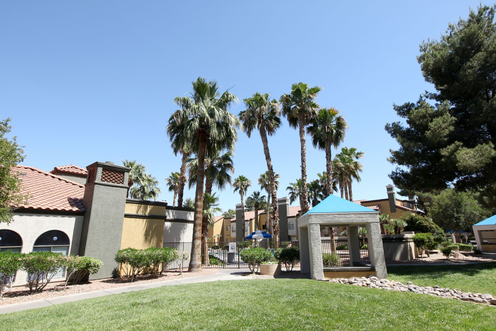 Live at Sunset Cove Apartments