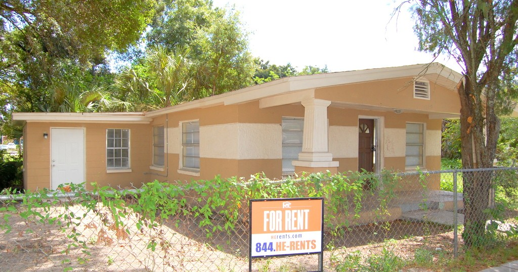 3409 E North Bay St Tampa Fl 33610 3 Bedroom Apartment For Rent For 750 Month Zumper
