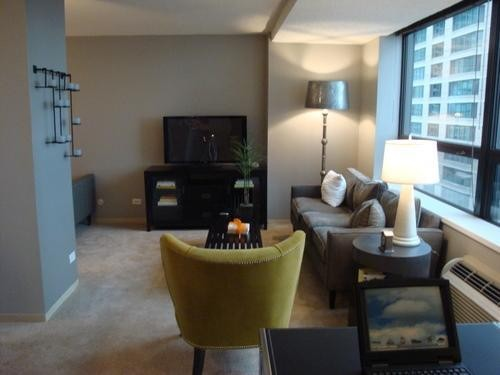 445 E Ohio St Chicago Il 60611 1 Bedroom Apartment For Rent For 1 500 Month Zumper