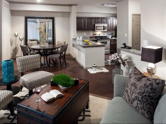 14332 Montfort Dr W44 Dallas Tx 75254 1 Bedroom Apartment For Rent For 769 Month Zumper
