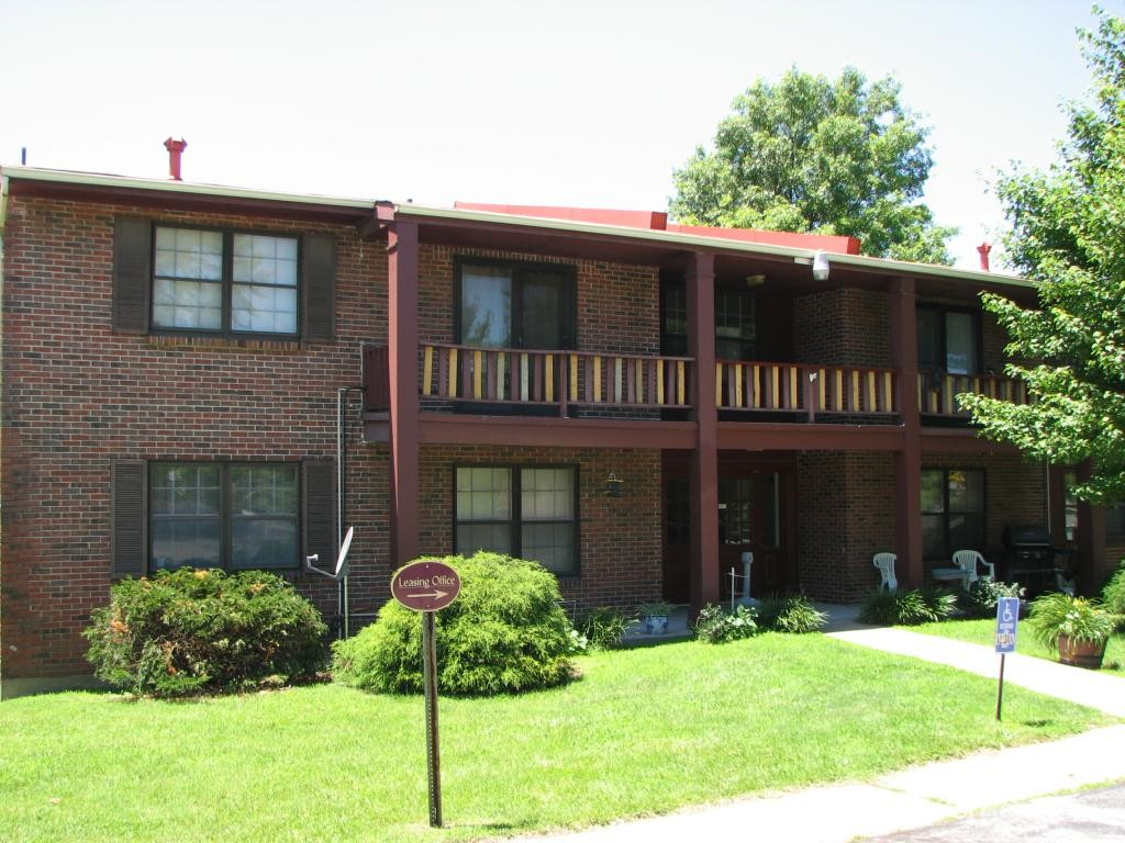 Morningside Condos Apartments For Rent 7300 N Hanley Rd Hazelwood Mo 63042 With 3 Floorplans