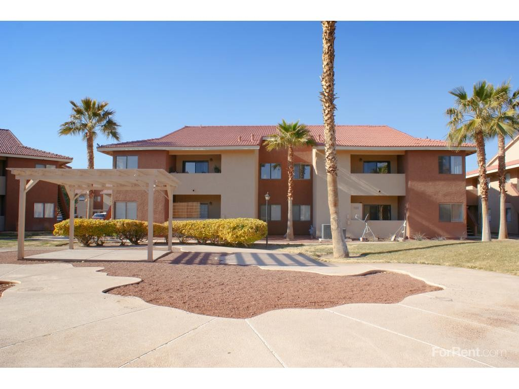 Liberty Village 4998 4800 Nellisoasis Ln Las Vegas Nv 89115 Apartment For Rent Padmapper