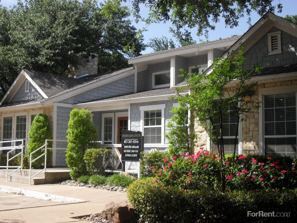 cottages at bedford apartments for rent 2000 park pl blvd bedford tx 76021 with 4 floorplans