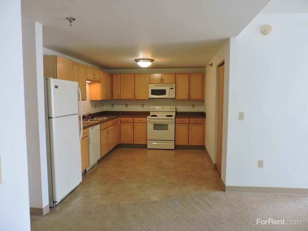 1132 E Kane Pl Milwaukee Wi 53202 2 Bedroom Apartment For Rent Padmapper