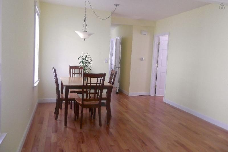 Quincy St 2 Somerville Ma 02143 1 Bedroom Apartment For Rent Padmapper