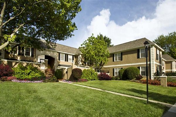 Georgetown Of Kettering Apartments For Rent 4889 Far Hills Ave Dayton Oh 45429 Zumper