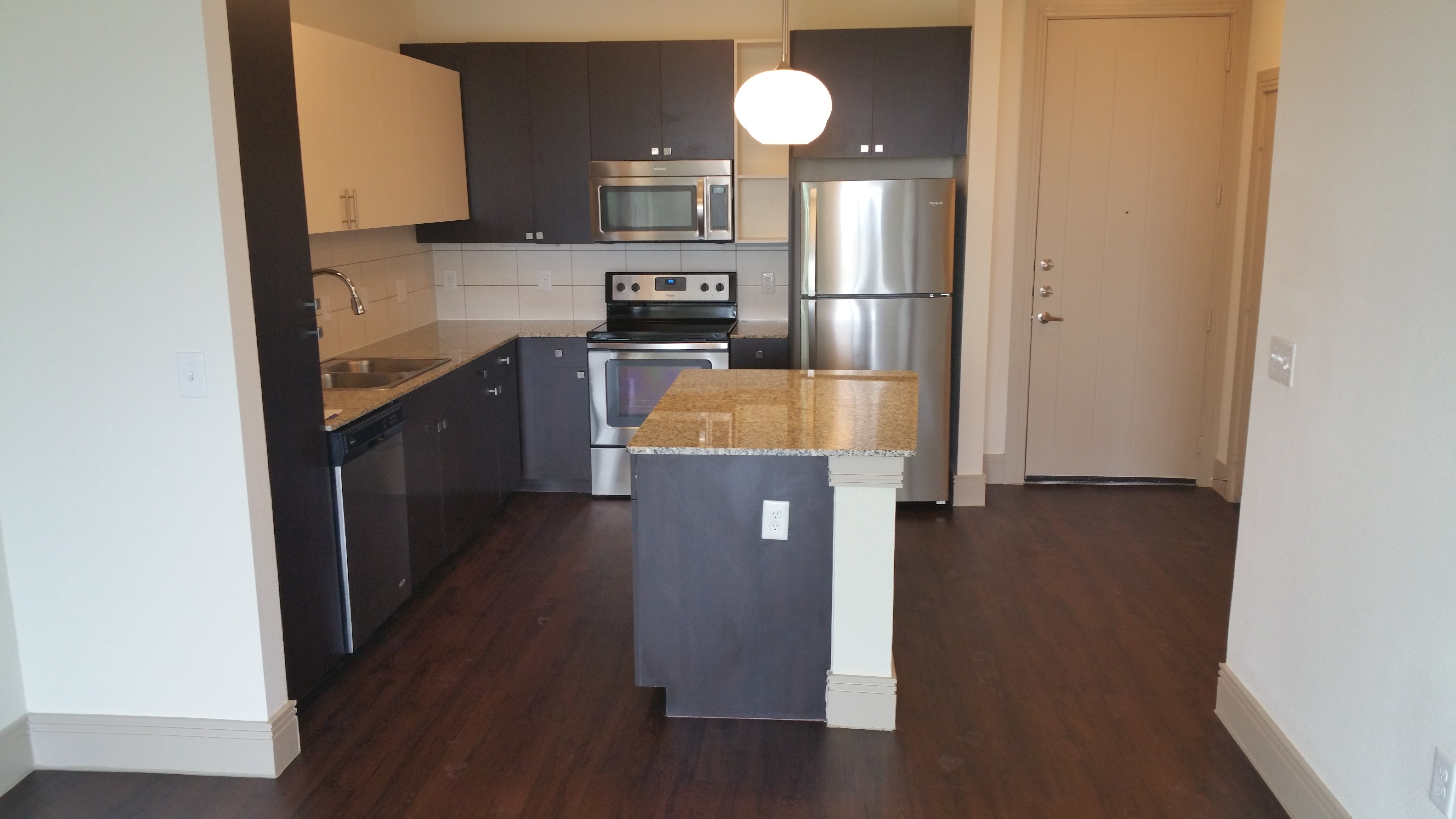 South Lamar Blvd Dickson Drive Austin Tx 78704 1 Bedroom Apartments For Rent For 1 601