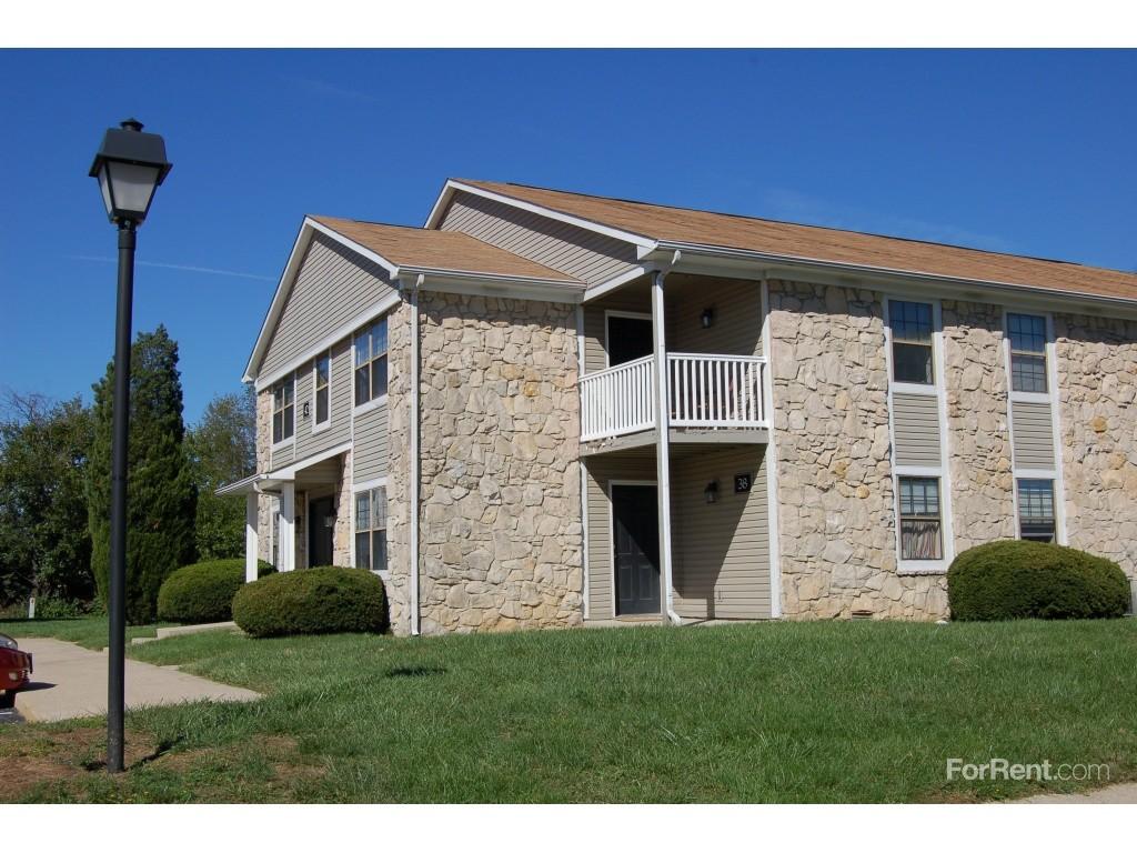 Sandstone Court Apartments For Rent 1039 Paz Dr N