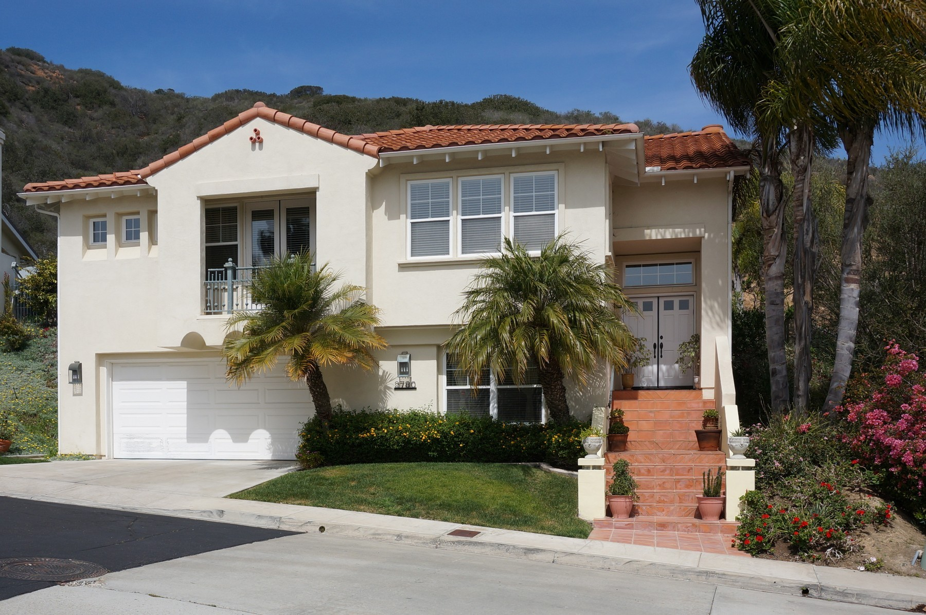 2780 Carriagedale Row San Diego Ca 92037 4 Bedroom House For Rent For 4 150 Month Zumper