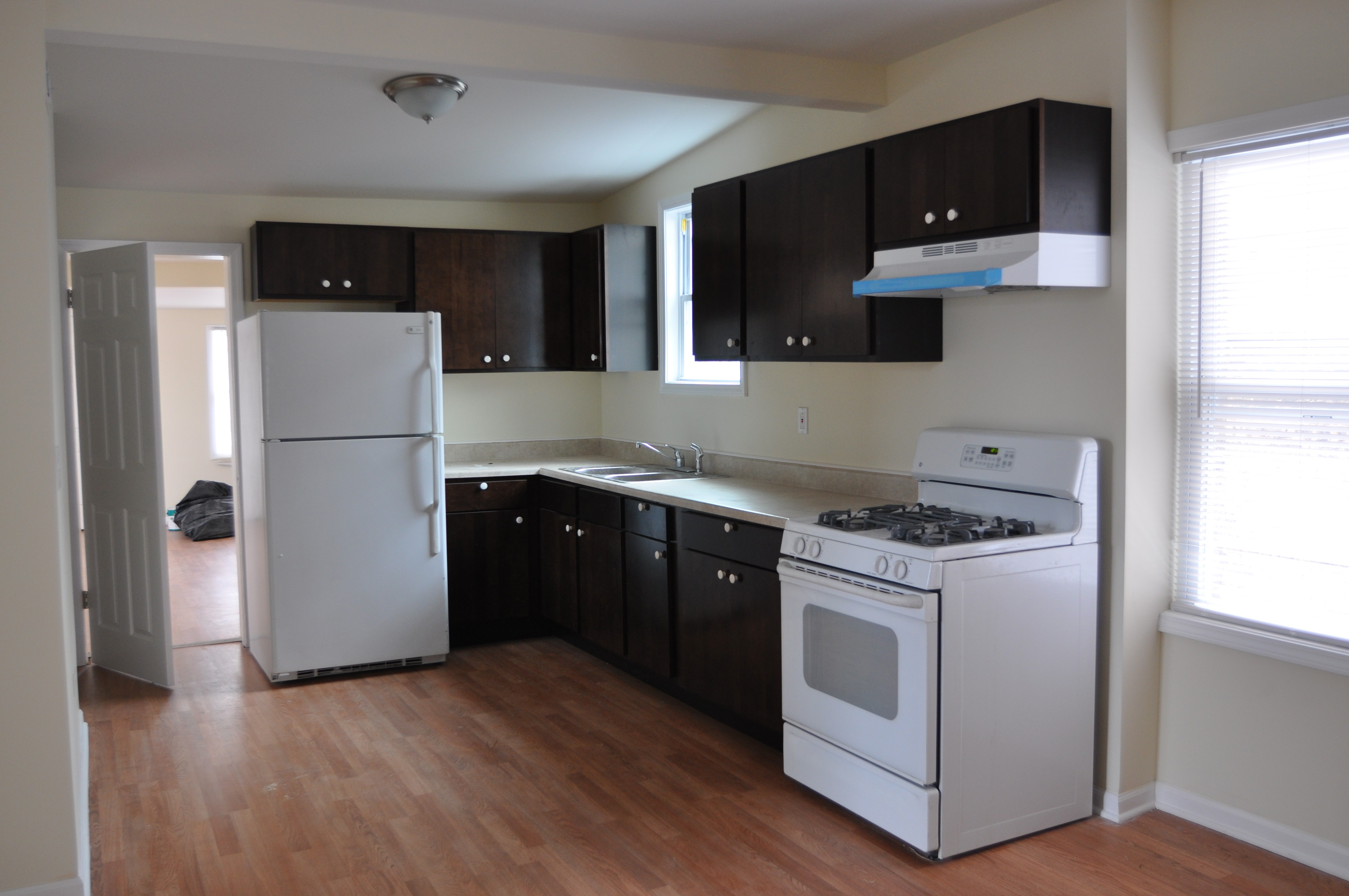 5305 West Fullerton Avenue 2 Chicago Il 60639 3 Bedroom Apartment For Rent For 1 400 Month