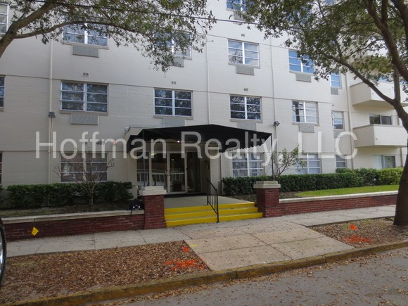 406 W Azeele St 105 Tampa Fl 33606 1 Bedroom Apartment For Rent Padmapper