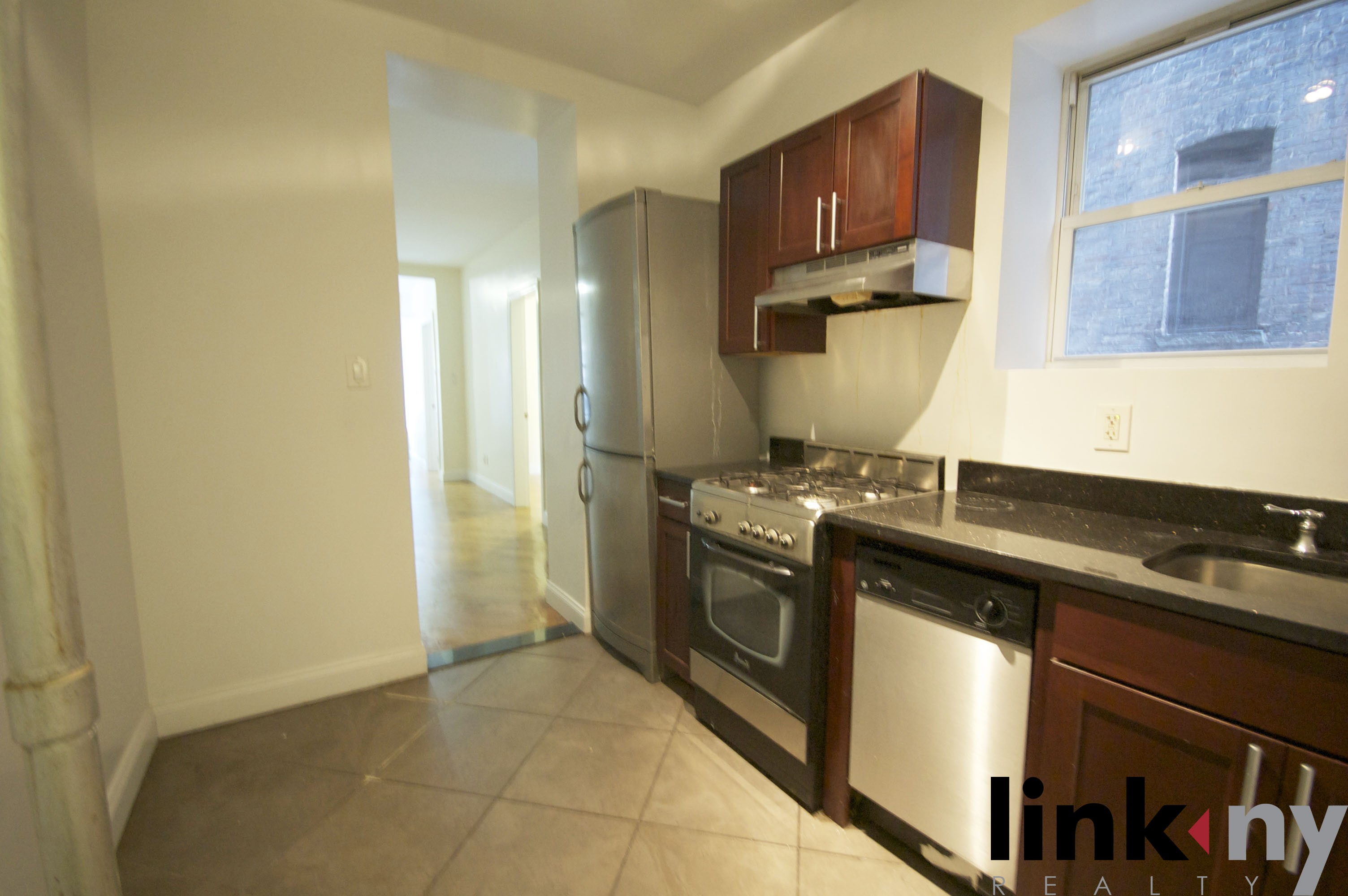 503 West 122nd Street 1 New York Ny 10027 3 Bedroom Apartment For Rent For 3 300 Month Zumper