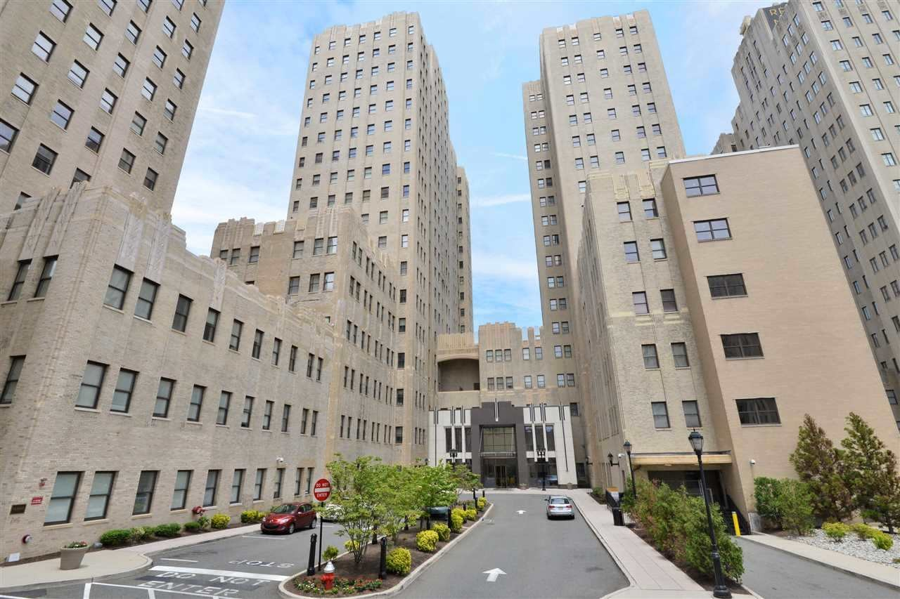 4 Beacon Way 504 Jersey City Nj 07304 2 Bedroom Apartment For Rent For 2 550 Month Zumper