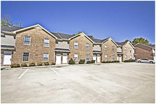2284 Mccormick Lane Clarksville Tn 37040 2 Bedroom Apartment For Rent For 735 Month Zumper