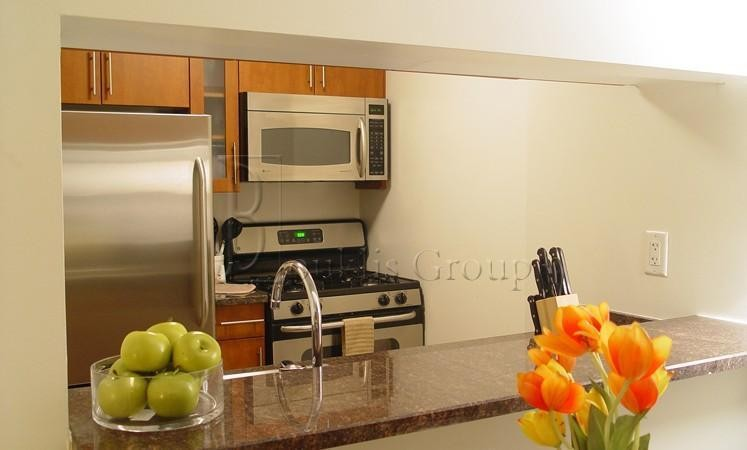 w 54th st 12g new york ny 10019 2 bedroom apartment for