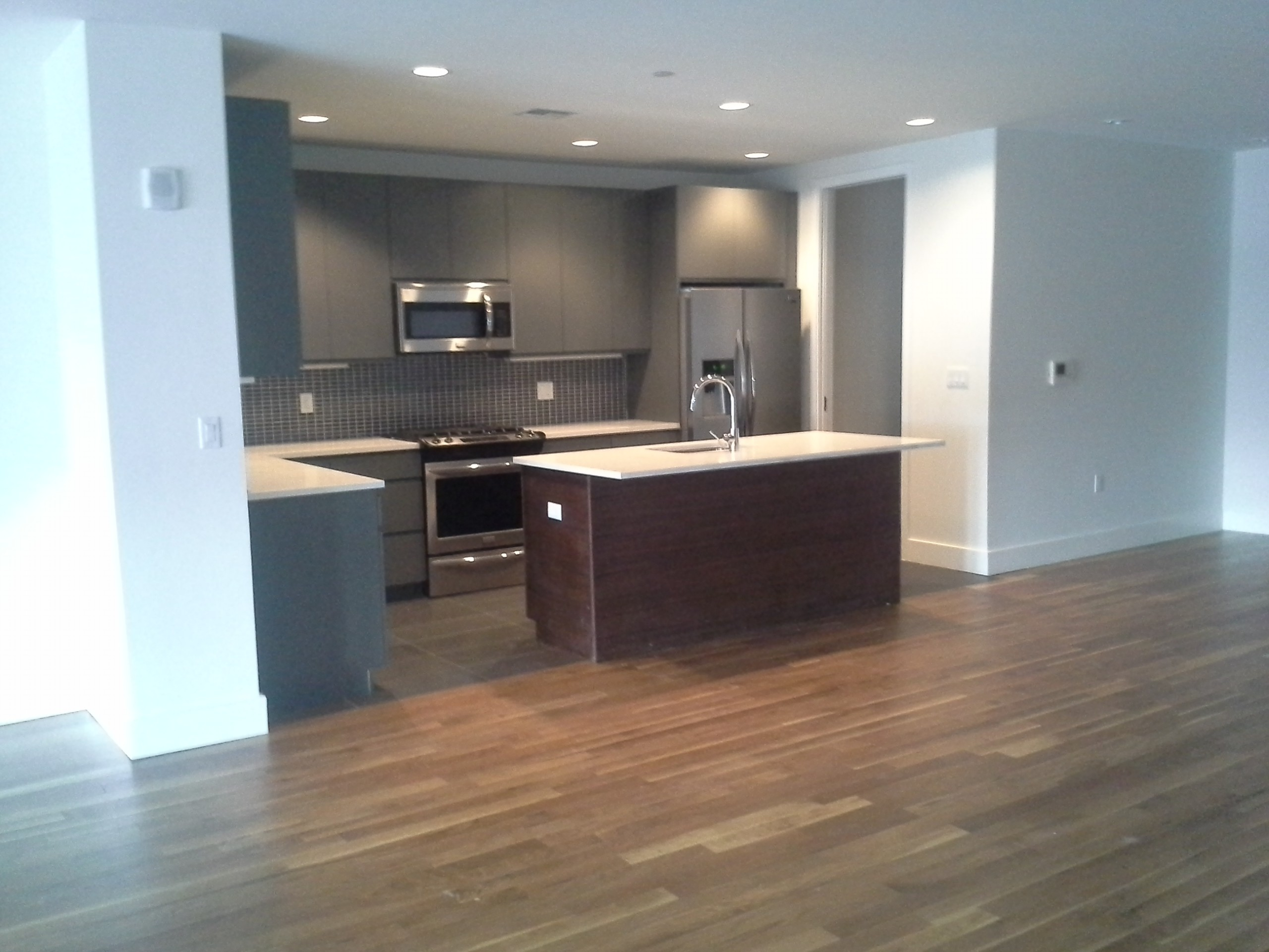 Ellery Ave Fort Lee Nj 07024 1 Bedroom Apartment For Rent For 2 575 Month Zumper