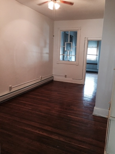Montgomery St 3 Jersey City Nj 07306 2 Bedroom Apartment For Rent Padmapper