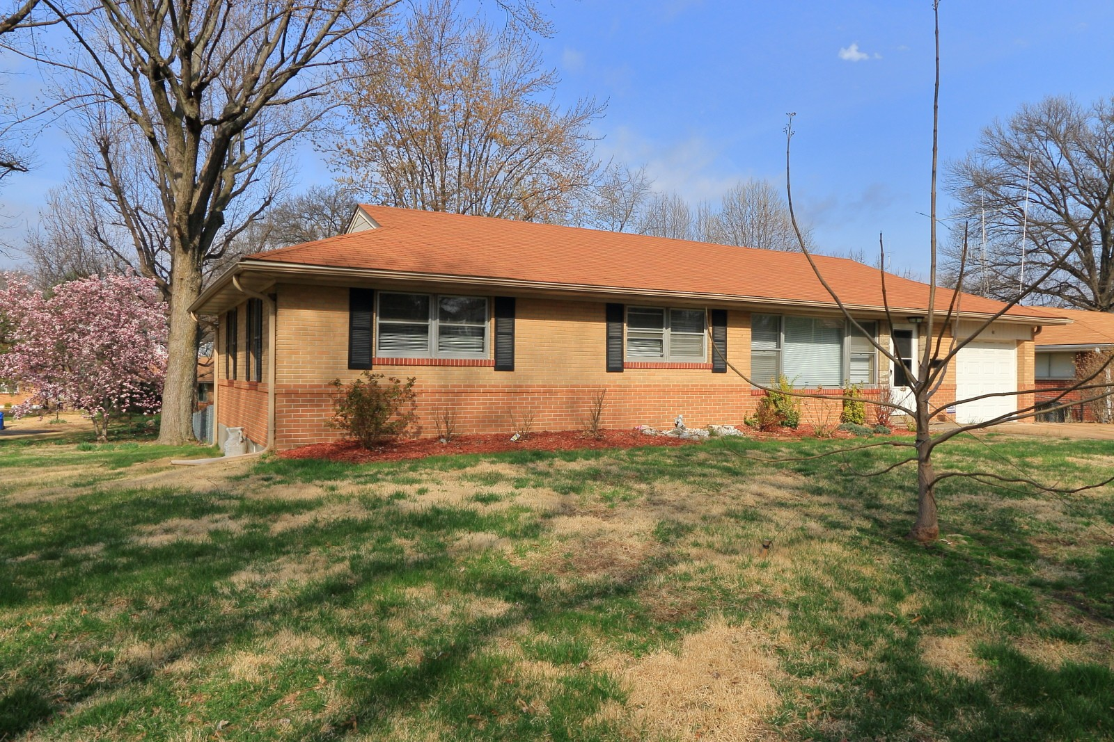 46 Jean Dr Florissant Mo 63031 3 Bedroom House For Rent For 1 175 Month Zumper