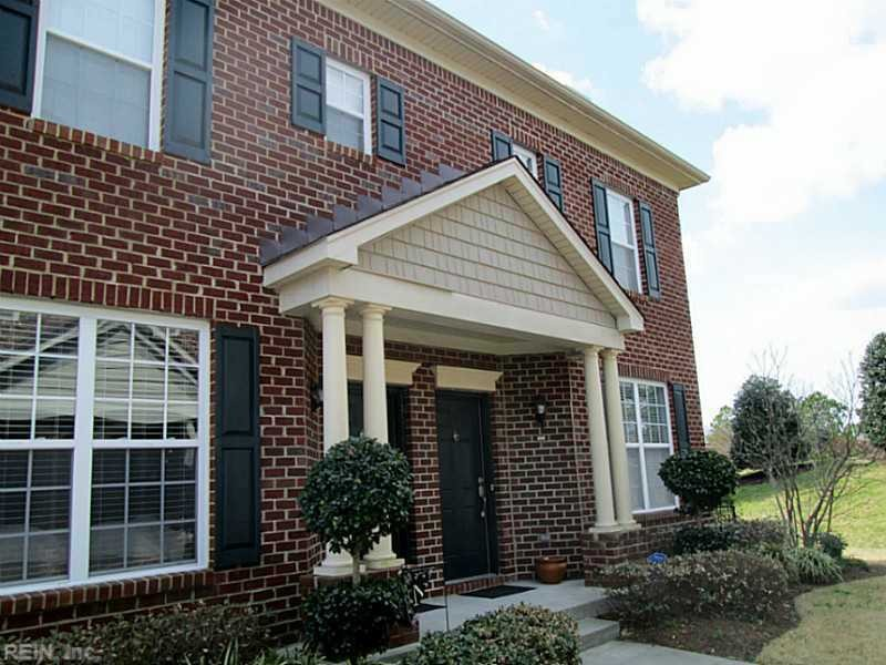 1045 Farrcroft Way Virginia Beach Va 23455 2 Bedroom Apartment For Rent For 1 365 Month Zumper