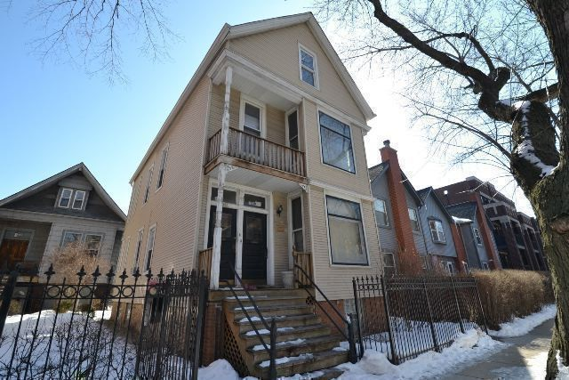 3241 N Kenmore Ave 2 Chicago Il 60657 2 Bedroom Apartment For Rent For 1 750 Month Zumper