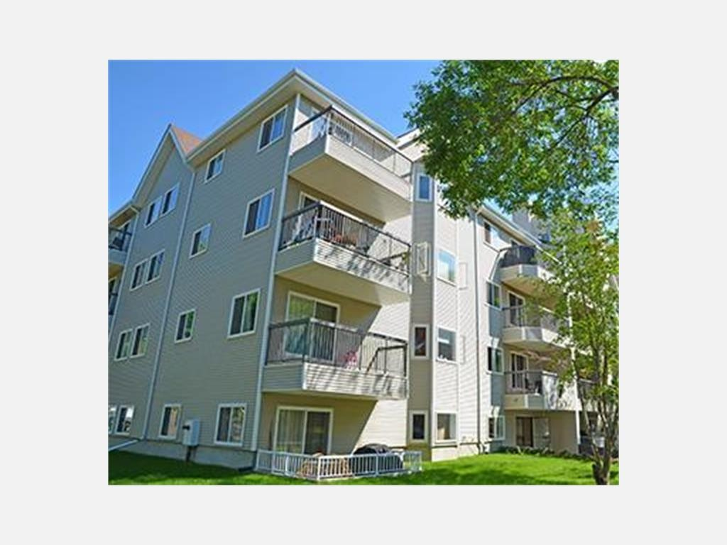 10167 118 St Nw Edmonton Ab T5k 2m9 1 Bedroom Apartment For Rent For 809 Month Zumper