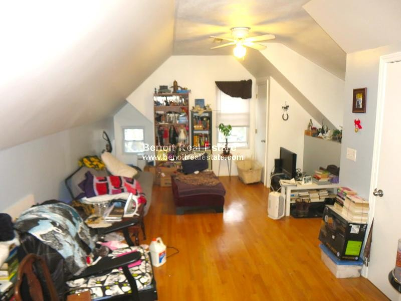 Franklin st 3 somerville ma 02145 2 bedroom apartment for rent padmapper for 2 bedroom apartments somerville ma